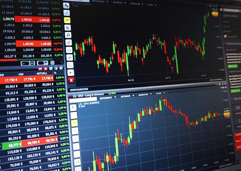 Perbedaan Trading Saham dan Investasi
